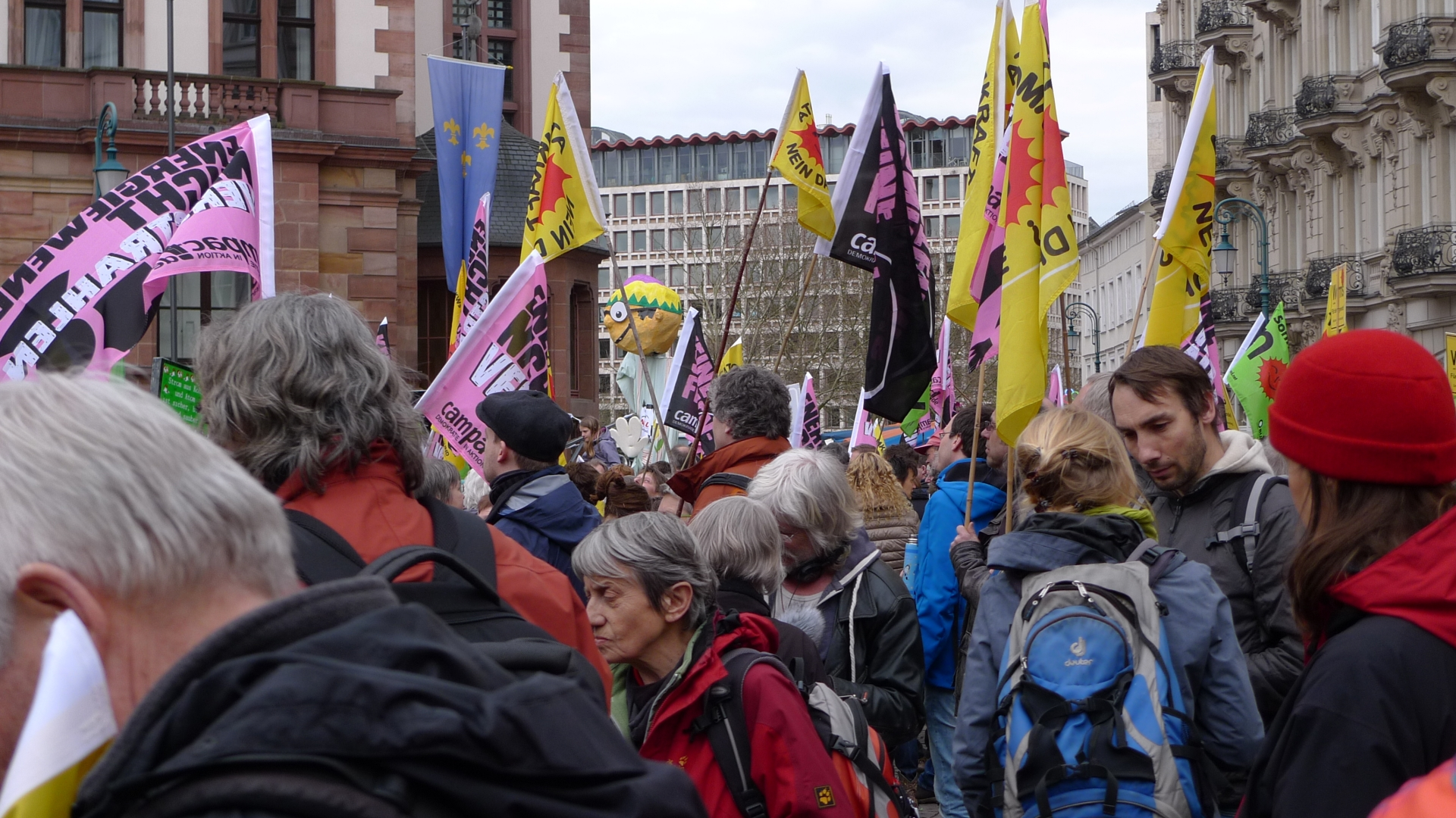 Bilder der Anti-AKW Demo in Wiesbaden